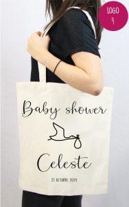 idée de cadeau baby shower fille personnalisable